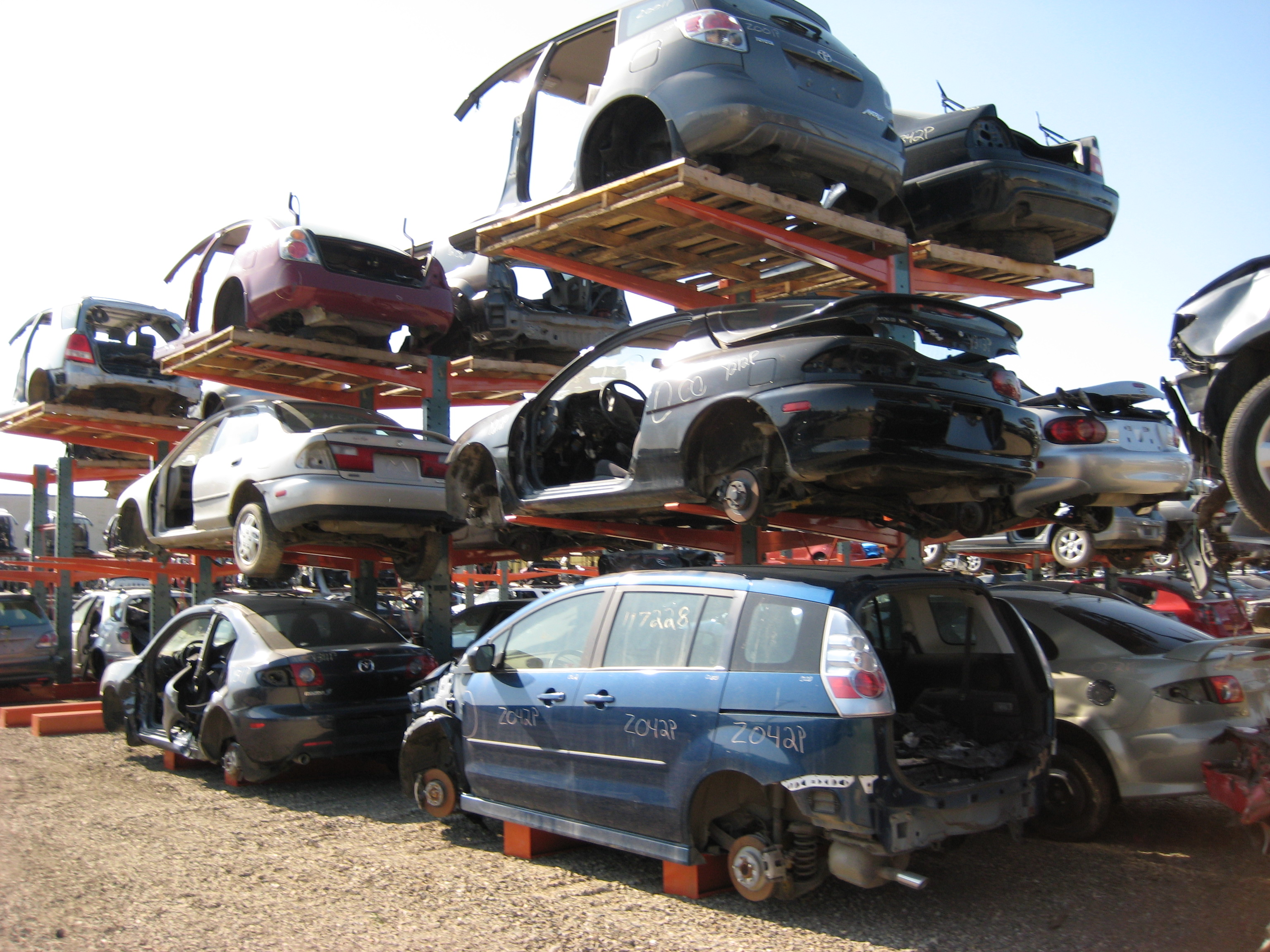 Warehouse Blog: Automotive Storage Racks for Auto Salvage Yards